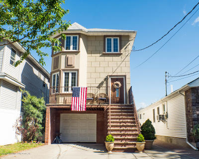 Staten Island Single Family Home For Sale: 27 Marscher Place