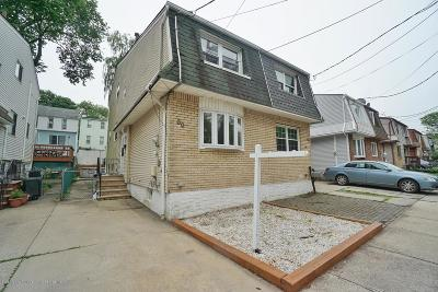 Staten Island Semi-Attached For Sale: 50 Nautilus Street