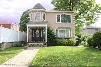 Staten Island Single Family Home For Sale: 506 Jefferson Boulevard