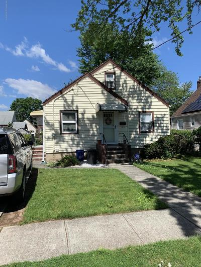 Staten Island Single Family Home For Sale: 126 Bryson Avenue
