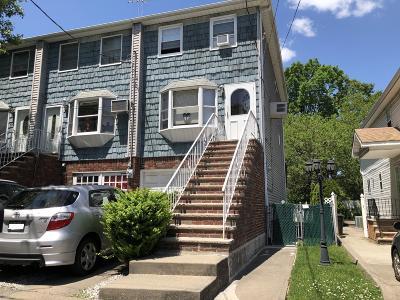 Single Family Home For Sale: 900 Elbe Avenue