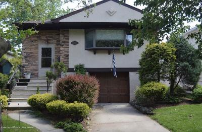 Staten Island Single Family Home For Sale: 808 Leverett Avenue