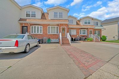 Staten Island Single Family Home For Sale: 38 Lewiston Street