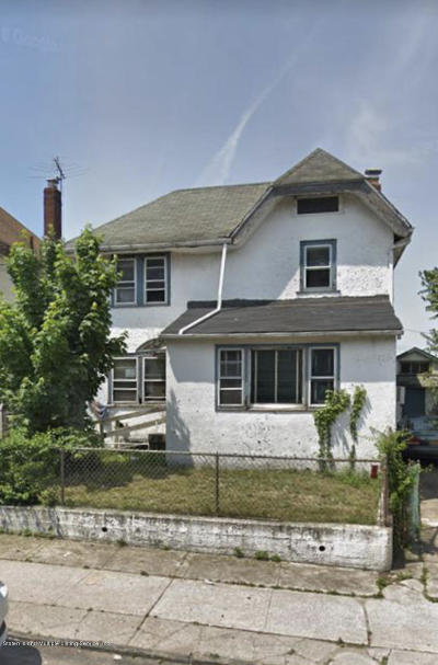 Single Family Home For Sale: 70 Bodine St
