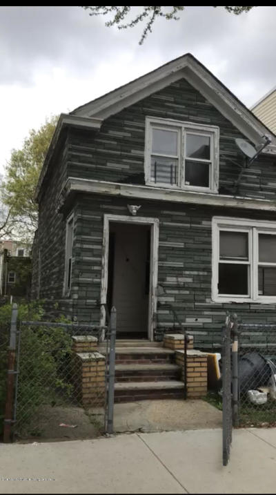 Bronx Single Family Home For Sale: 759 East 223rd St