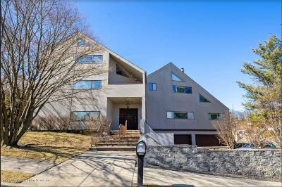 Staten Island Single Family Home For Sale: 30 Ridge Avenue