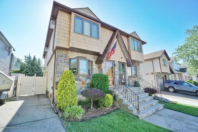 Staten Island Single Family Home For Sale: 402 Bartlett Avenue