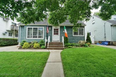 Staten Island Single Family Home Acceptance: 276 Thornycoft Avenue