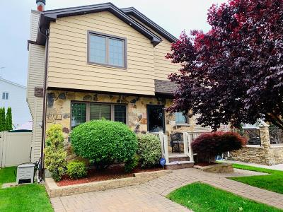 Single Family Home For Sale: 70 Blythe Place