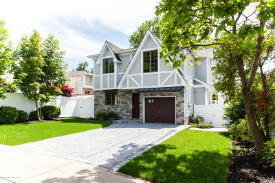 Staten Island NY Single Family Home For Sale: $799,990