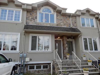Staten Island Single Family Home For Sale: 12 Calvanico Lane