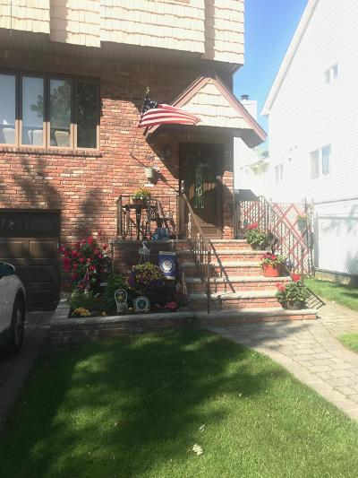 Staten Island Single Family Home For Sale: 73 Monahan Avenue