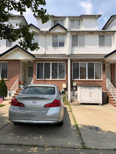 Staten Island NY Single Family Home For Sale: $478,000