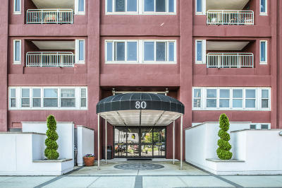 Condo/Townhouse For Sale: 80 Bay Street Landing #1h