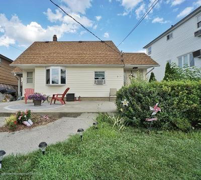 Staten Island Single Family Home For Sale: 471 Eltingville Boulevard