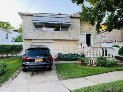 Staten Island Single Family Home For Sale: 922 Bard Avenue