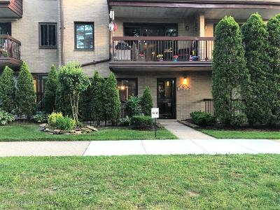 Staten Island Condo/Townhouse Acceptance: 52 Windham Loop #1a