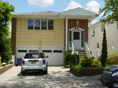 Richmond County Two Family Home Acceptance: 1 Duncan Street