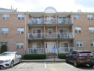 Staten Island Condo/Townhouse For Sale: 85 Elmwood Park Drive #48