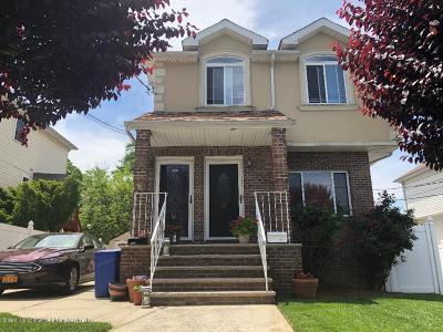 Semi-Attached For Sale: 172 Greenleaf Avenue #2a
