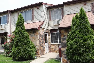 Staten Island Condo/Townhouse For Sale: 10 Croft Court