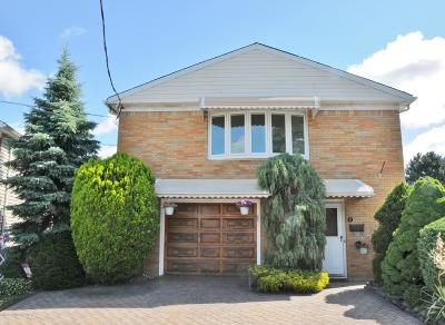 Single Family Home For Sale: 41 Prices Lane
