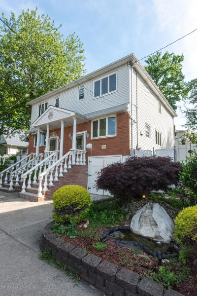 Semi-Attached For Sale: 199 Bay Terrace