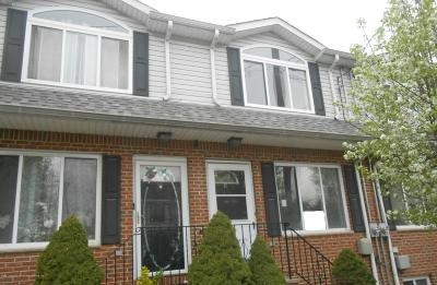 Staten Island Single Family Home For Sale: 17 Paris Court