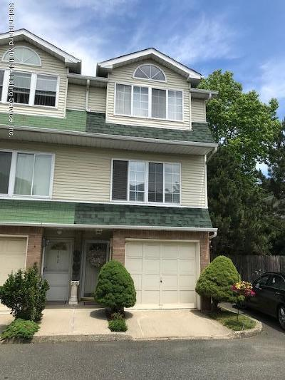 Semi-Attached For Sale: 164 Woodcutters Lane