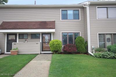 Staten Island Condo/Townhouse For Sale: 44 Arrowood Court