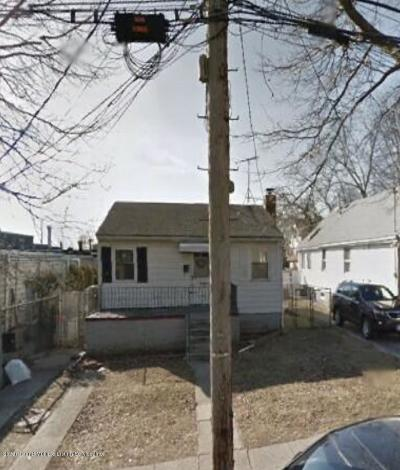 Staten Island Single Family Home For Sale: 154 Armstrong Avenue