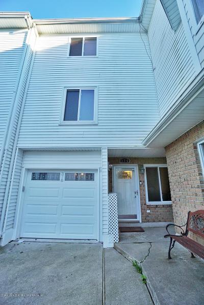 Staten Island NY Single Family Home For Sale: $379,000