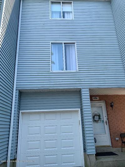 Staten Island Single Family Home For Sale: 694 Ilyssa Way