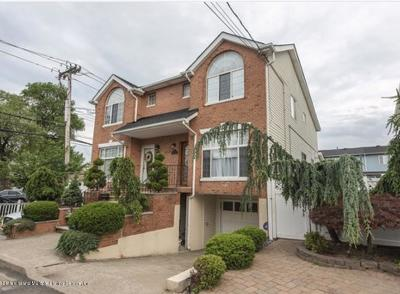 Staten Island Semi-Attached For Sale: 12 Mandy Court