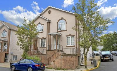 Staten Island Semi-Attached For Sale: 124 Erika Loop