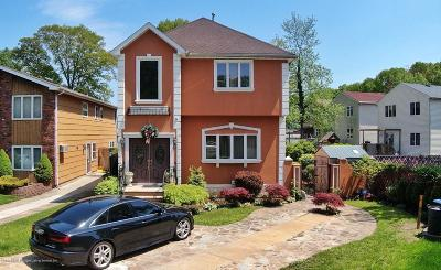 Single Family Home For Sale: 67 Marvin Road