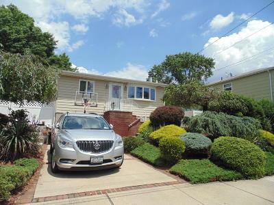 Staten Island Single Family Home For Sale: 93 Pacific Avenue