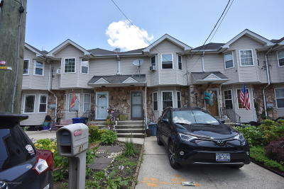 Staten Island NY Single Family Home For Sale: $419,888