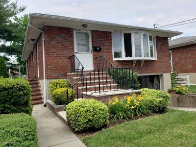 Staten Island NY Single Family Home For Sale: $725,000