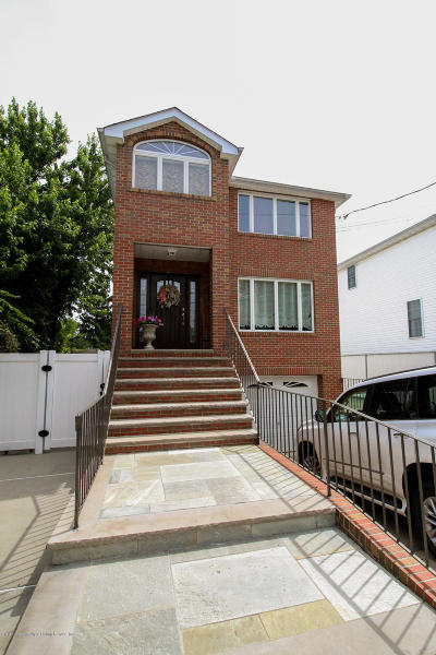 Staten Island Two Family Home For Sale: 119 Yetman Avenue