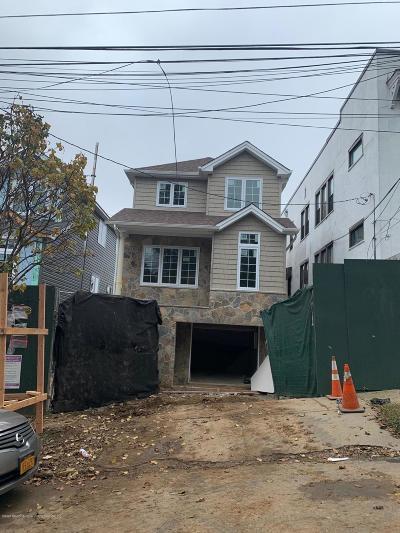 Single Family Home For Sale: 34 Scribner Avenue