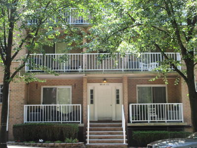 Staten Island Condo/Townhouse Acceptance: 65 Elmwood Park Drive #A10
