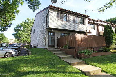 Staten Island Single Family Home For Sale: 25 Lombard Court
