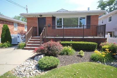Single Family Home For Sale: 159 Ebbitts Street