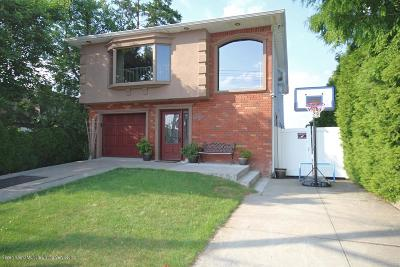 Staten Island Two Family Home For Sale: 569 Jefferson Boulevard