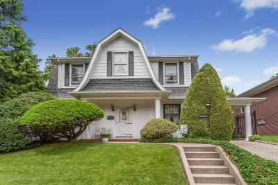 Single Family Home For Sale: 19 Knox Place