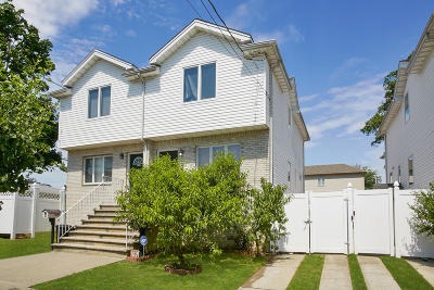 Semi-Attached For Sale: 235 Kiswick Street