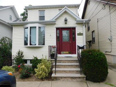 Single Family Home For Sale: 723 Bard Avenue