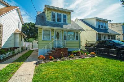 Staten Island Single Family Home For Sale: 27 Beekman Street