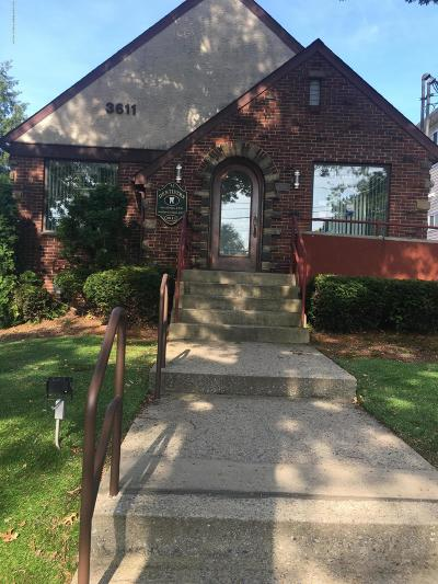Commercial Lease For Lease: 3611 Richmond Avenue